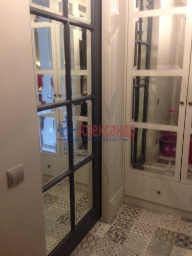 3-комнатная квартира (70м2) на продажу по адресу Адмирала Черокова ул., 18— фото 5 из 31