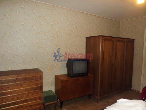 2-комнатная квартира (48м2) на продажу по адресу Генерала Симоняка ул., 1— фото 5 из 7