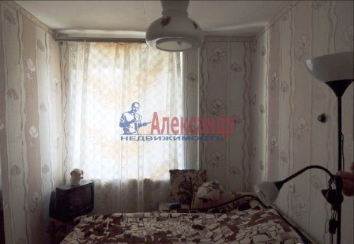 3-комнатная квартира (54м2) на продажу по адресу Выборг г., Акулова ул., 8— фото 1 из 4