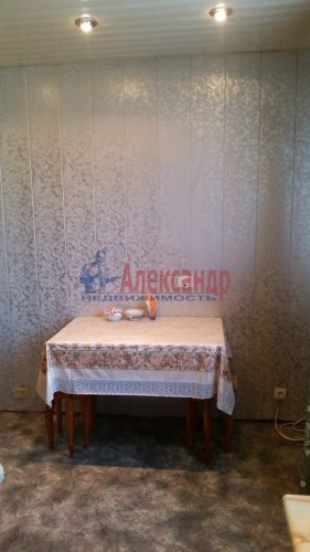 2-комнатная квартира (50м2) на продажу по адресу Загребский бул., 33— фото 6 из 10