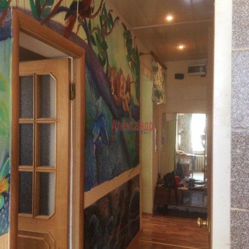 3-комнатная квартира (65м2) на продажу по адресу Кировск г., Горького ул., 7— фото 8 из 8