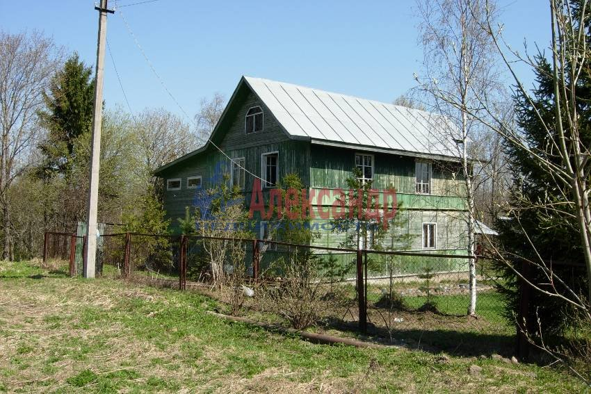 Жилой дом (240м2) на продажу — фото 1 из 10