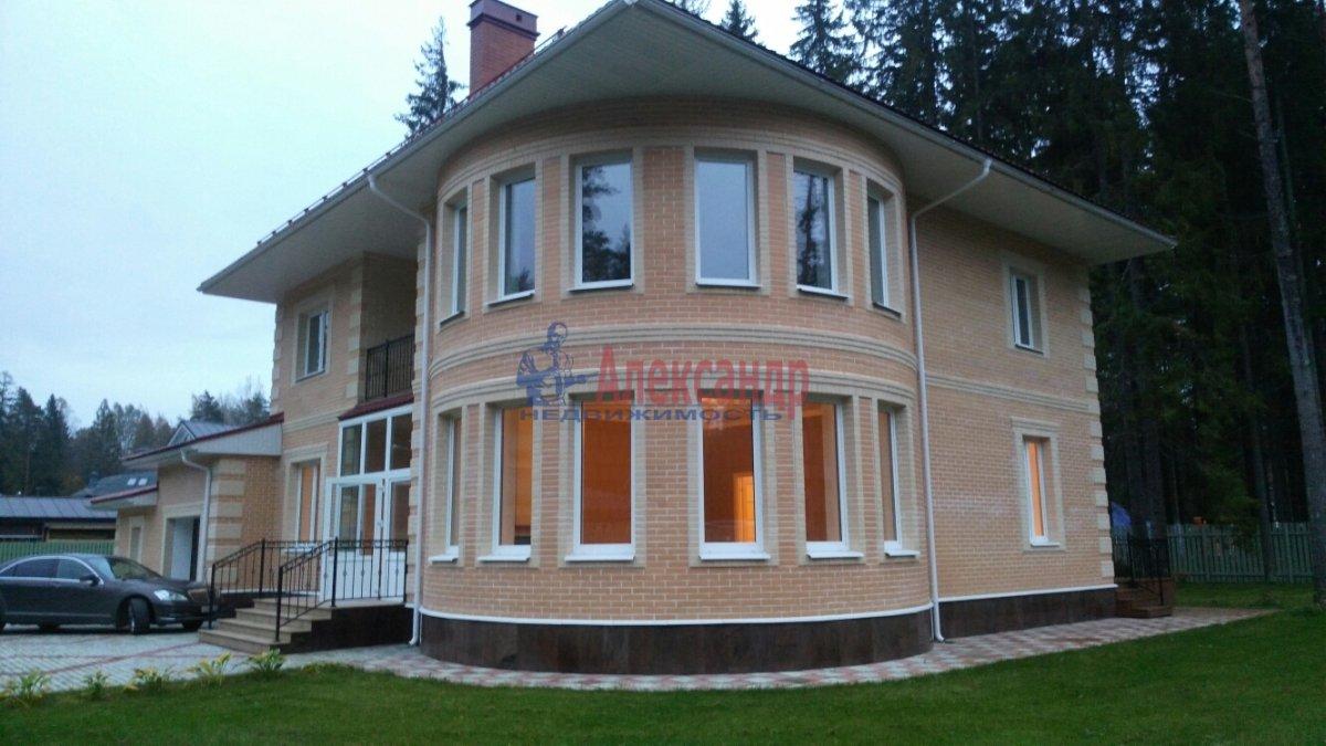 Жилой дом (350м2) на продажу — фото 1 из 16