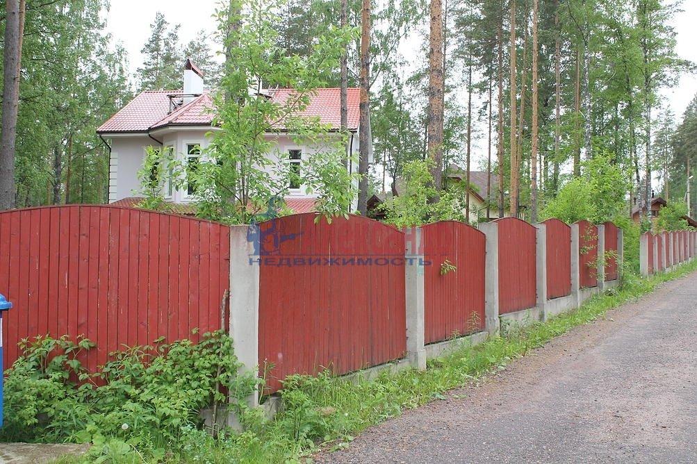 Жилой дом (330м2) на продажу — фото 3 из 3