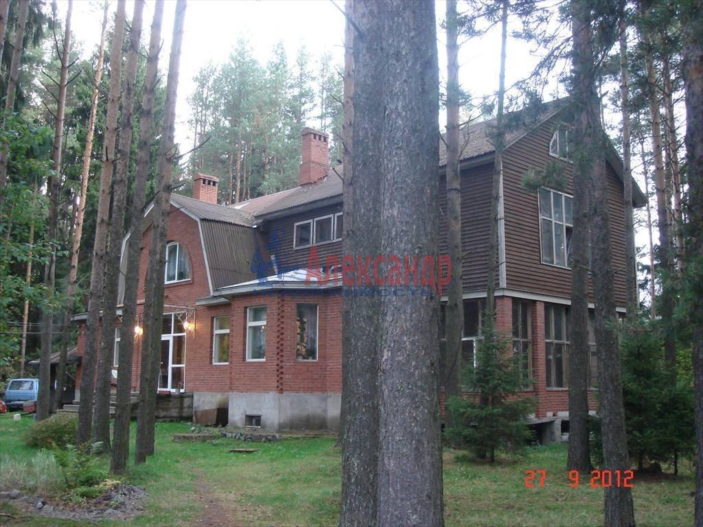 Жилой дом (588м2) на продажу — фото 2 из 19