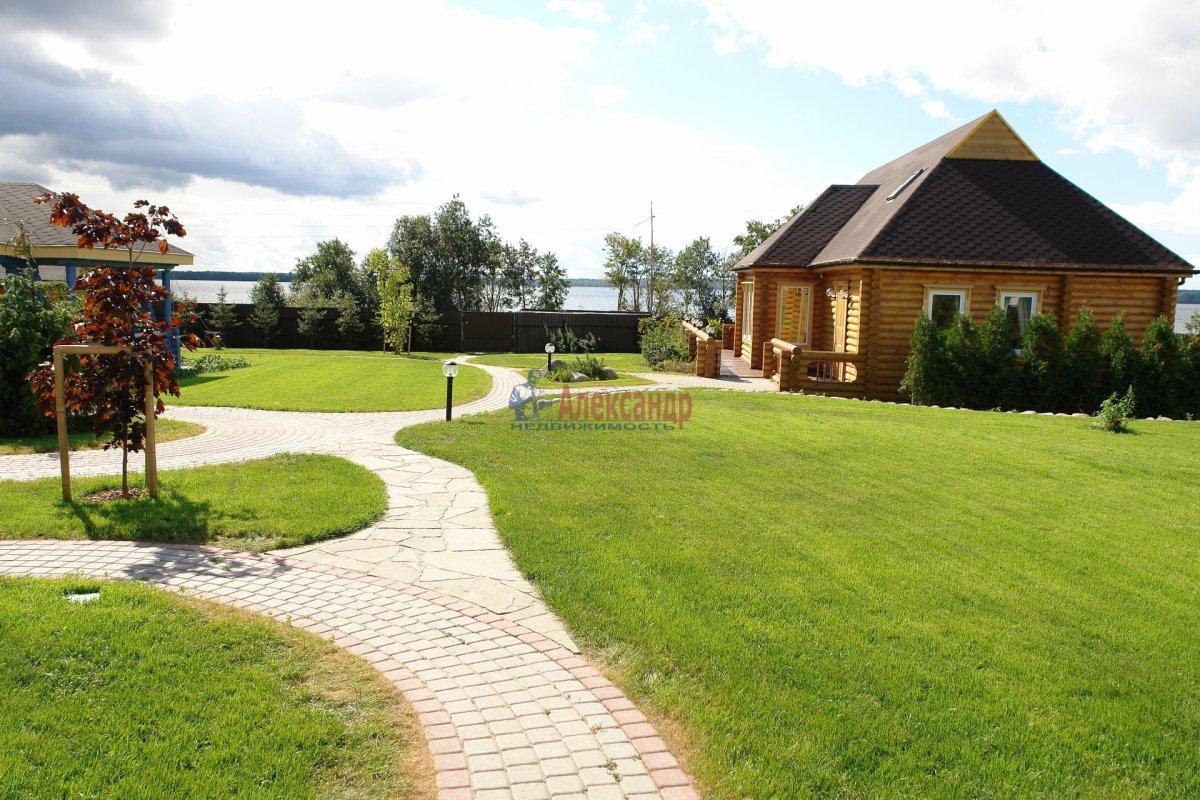 Жилой дом (204м2) на продажу — фото 1 из 14