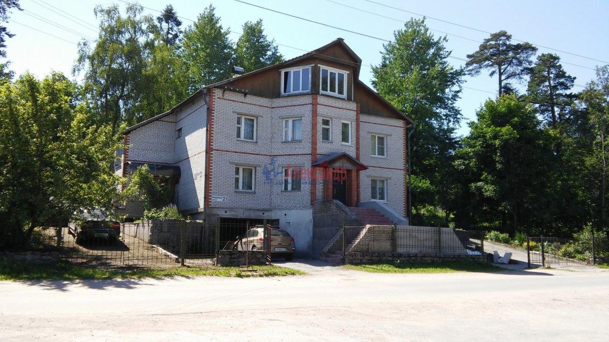Часть дома (273м2) на продажу — фото 1 из 20