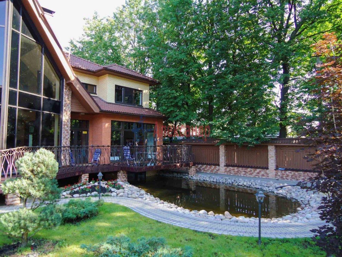 Жилой дом (425м2) на продажу — фото 2 из 14