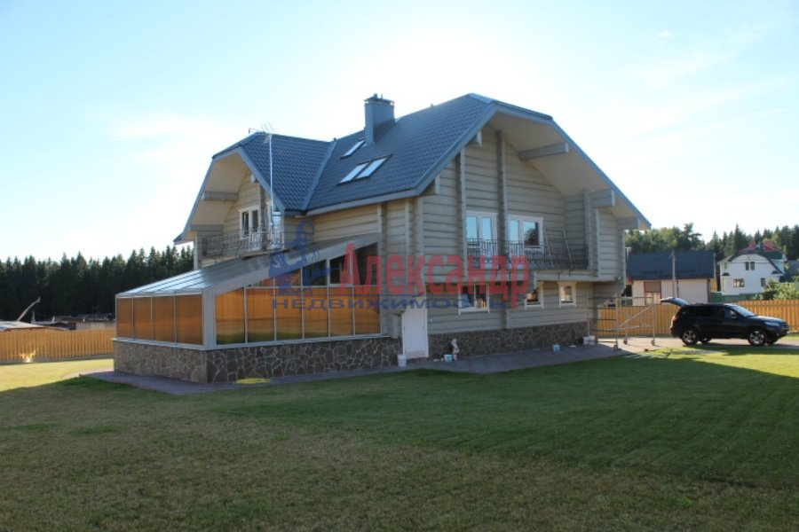Жилой дом (494м2) на продажу — фото 1 из 32