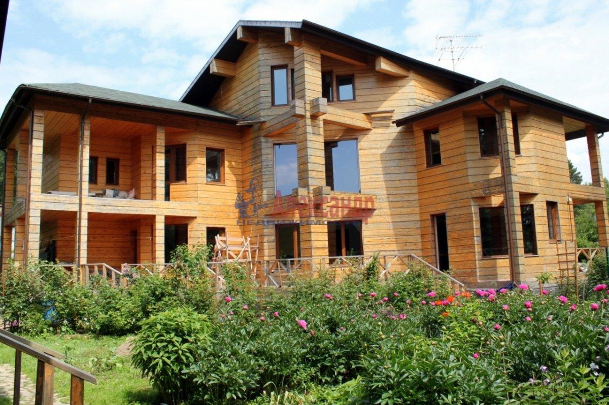 Жилой дом (360м2) на продажу — фото 1 из 27