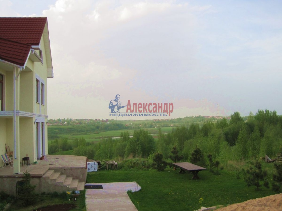 Жилой дом (300м2) на продажу — фото 1 из 21