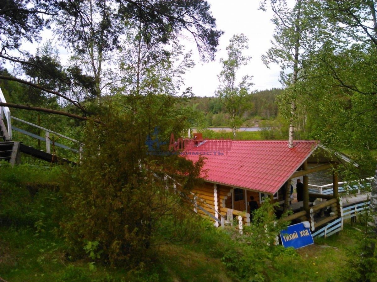 Дачный дом (250м2) на продажу — фото 1 из 10