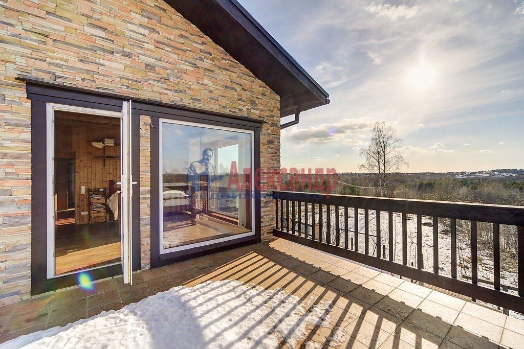 Жилой дом (228м2) на продажу — фото 1 из 12