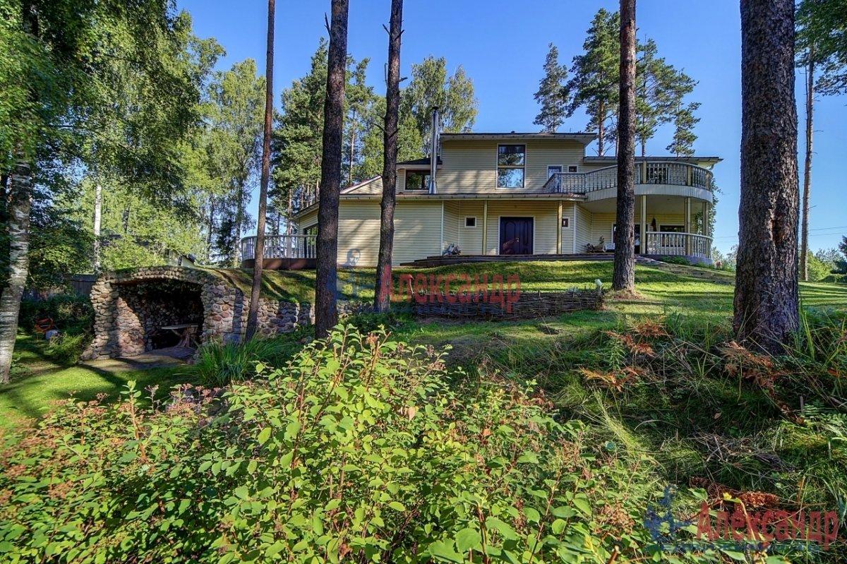 Дачный дом (320м2) на продажу — фото 1 из 7