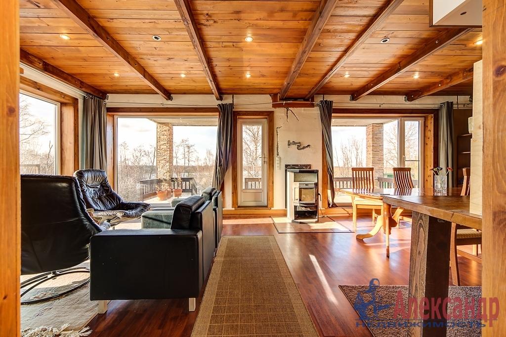 Жилой дом (228м2) на продажу — фото 2 из 12
